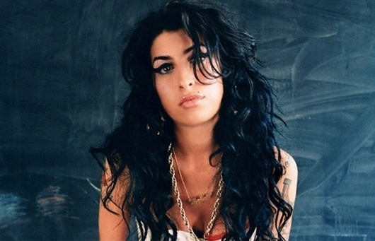 Google Image Result for http://cdnl.complex.com/assets/CHANNEL_IMAGES/MUSIC/2011/07/amy-winehouse-top-10.jpg #winehouse #girl #photography #music #musician #amy #female
