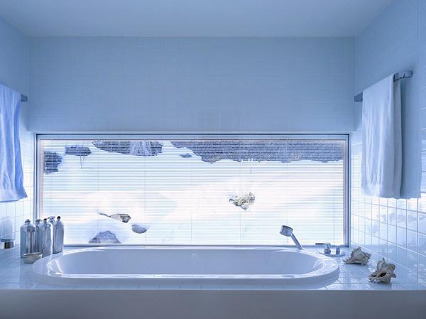 Modern Bathroom Decor and Organization #interior #design #bathroom #bathtub #decoration