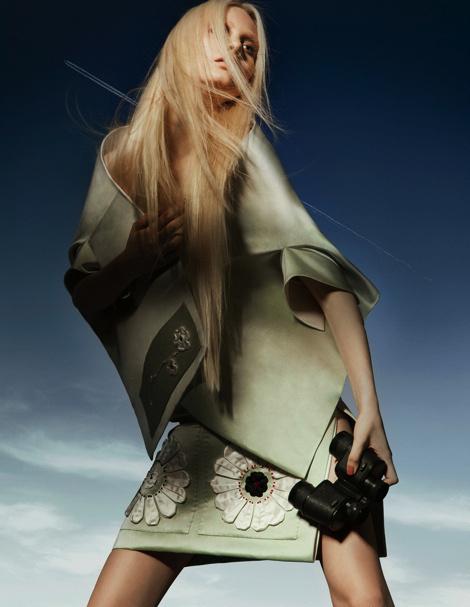 Steffi Soede by Meinke Klein for Elle Dutch #fashion #model #photography #girl