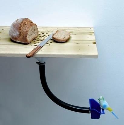 Timesaver DIY: Combination Cutting Board and Bird Feeder : TreeHugger #feeder #board #bread #bird