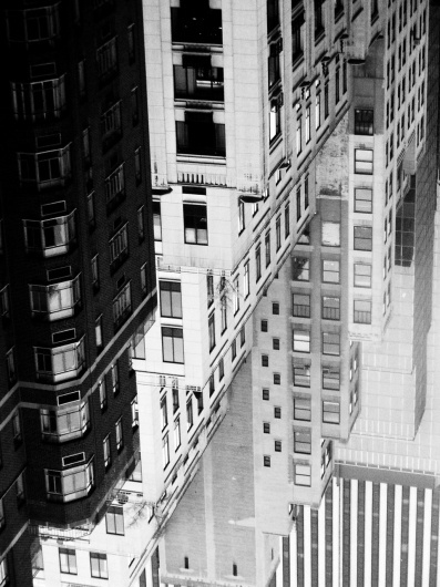 tumblr_lp1livbKIS1qmk2dko1_1280.jpg (960×1280) #blackwhite #tetris #photography #building #york #new