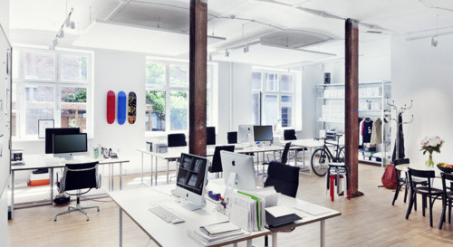 Trés Bien Office #free #interiors #office #bien #man #tres