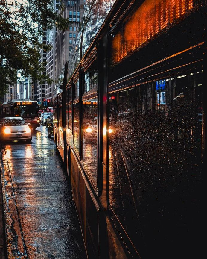 Fantastic Street Photography in Chicago by Graham Chapman
