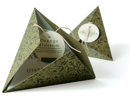 Creative Product Designs #packaging #triangle #pyramid