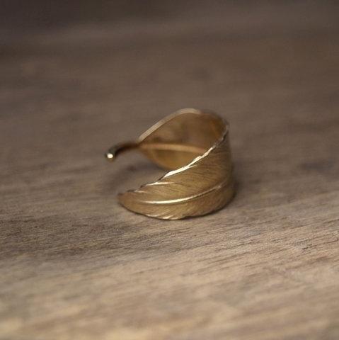 FFFFOUND! #leaf #gold #jewellery