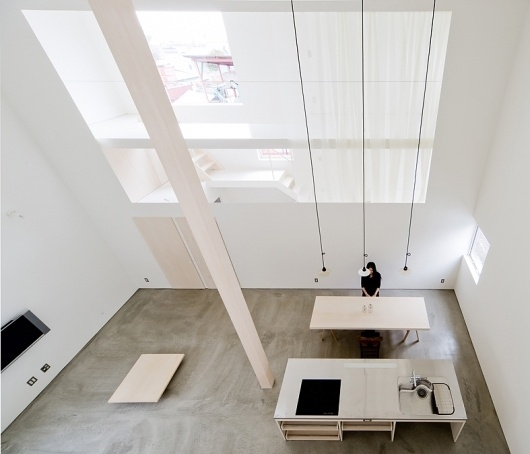 Architecture Photography: House of Trough / Jun Igarashi Architects - House of Trough / Jun Igarashi Architects (148781) – ArchDaily #clinical #white #interiors #studio #apartment