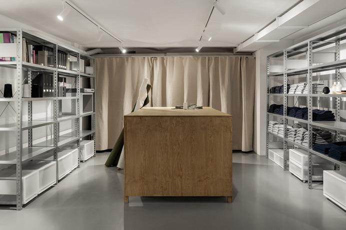 The Transparent Office by Atelier Paul Vaugoyeau