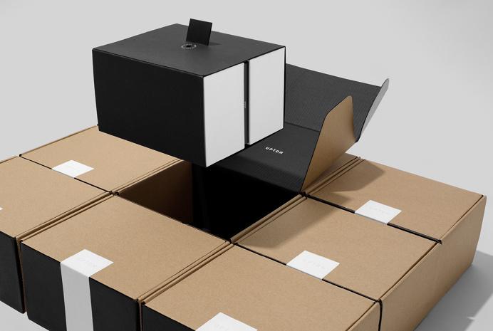 wedge lever upton branding belts packaging type typography beautiful deauty design inspiration designblog mindsparklemag black white minimal