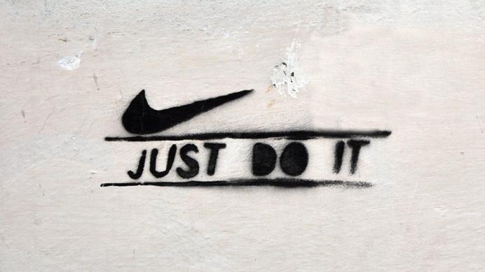 typography: JUST DO IT [firenze, italy] PHOTOGRAPHIE (C) [ catrin mackowski ]