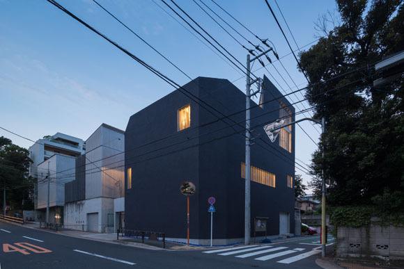 M by Jun Aoki & Associates