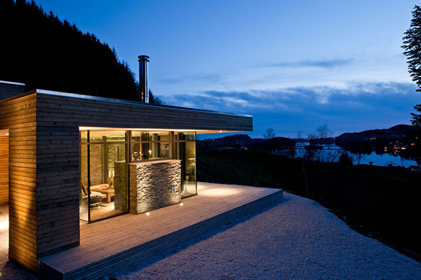 Contemporary Warm Shelter In The Cold Country of Norway #architecture #house