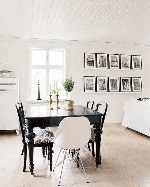 The Design Chaser: Interior Styling | Picture Walls #interior #design #decor #deco #decoration