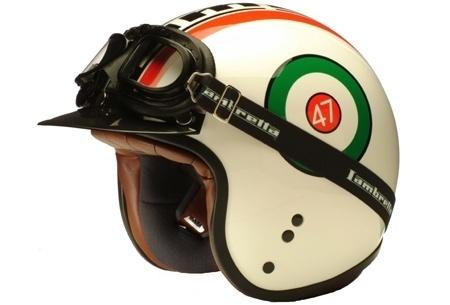 Google Reader (1000+) #helmet #vintage