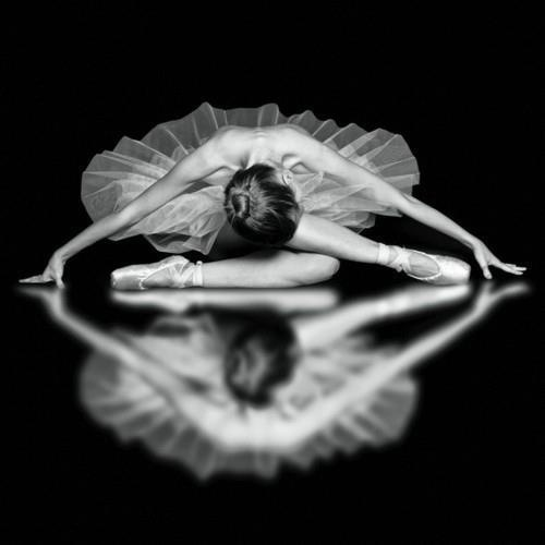 Likes | Tumblr #white #dance #black #photography #and