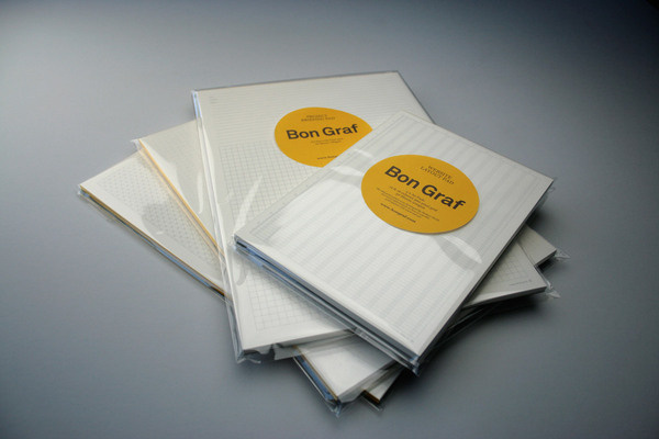Bon Graf | Famous Visual Services #print #layout #packaged #pad #circle #sticker