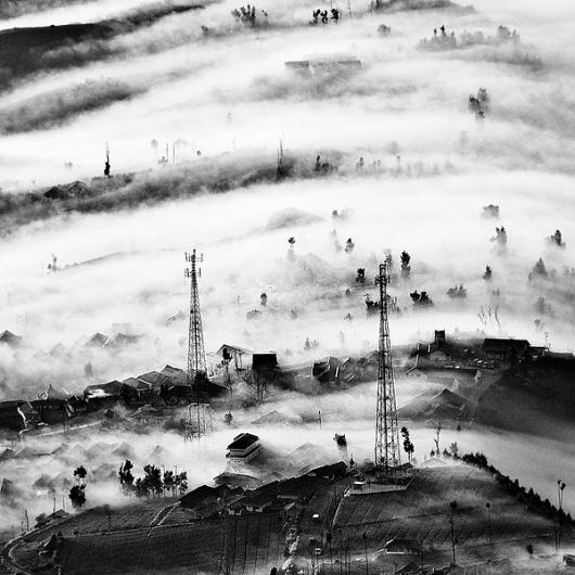 Colossal   An art and design blog.   Page 2 #lim #shirren #fog #landscape