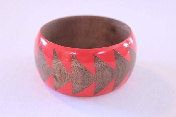 Deep Coral Stained Wood Bangle S XL #jewelry #bracelet