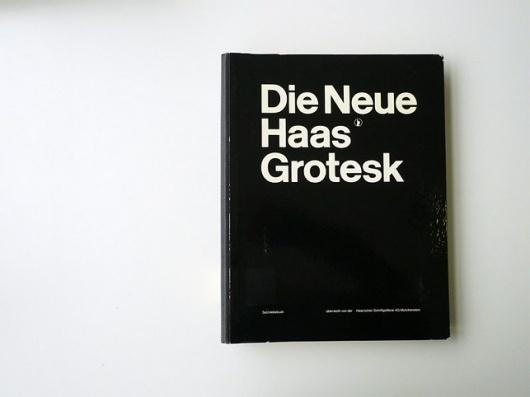 Die Neue Haas Grotesk #specimen #white #book #black #type #helvetica #typography