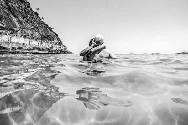 Benoit Fournier #inspiration #white #black #photography #and