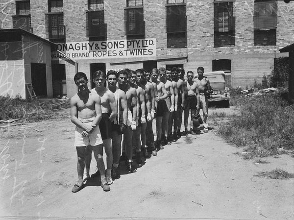 US servicemen's boxing team—1943 #white #team #boxing #servicemen #black #photography #sports #queens #and #1943 #homage