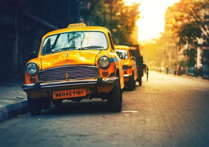 Kolkata - The City of Joy: Dreamlike Photography by Ashraful Arefin