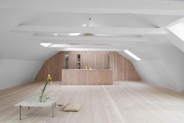 Studio Mama loft in Stockholm's Old Town - emmas designblogg #interior #design #decor #deco #decoration