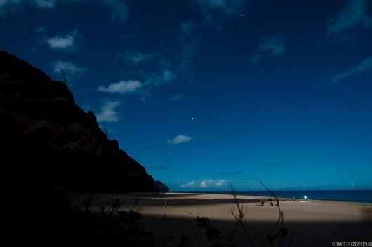 Unreal Hawaii - Kalalau Moonrise #night #hawaii #stars #photography #beach