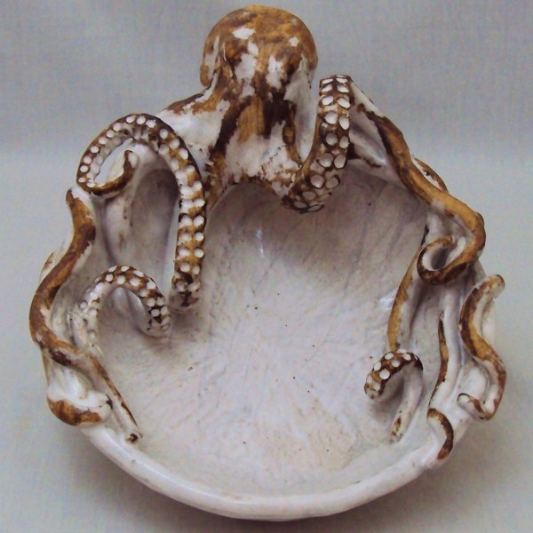 Octopus Bowl (Small) Ceramic Sculpture: Beach Decor, Coastal Home Decor, Nautical Decor, Tropical Island Decor #sculpture #bowl #octopus