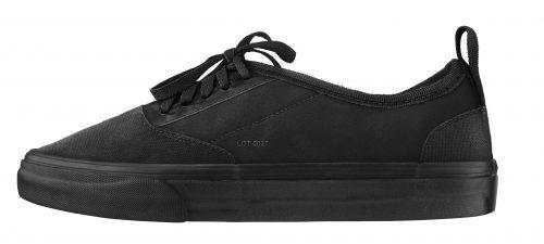 001 Vadik Marmeladov - LOT 0027 - shoes