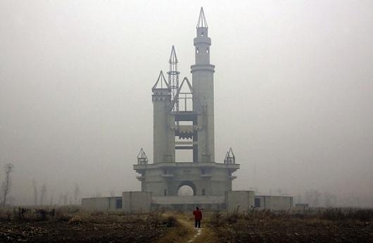 China's deserted fake Disneyland | Photographers Blog
