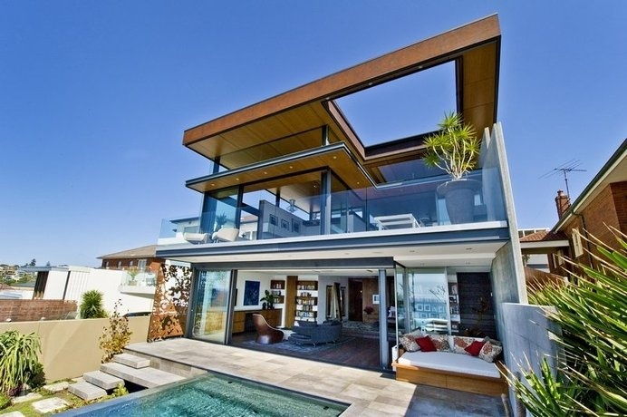 The Permanent Holiday Home With a View Over the Ocean: the Bronte House in Sydney #ocean #architecture #modern #holiday