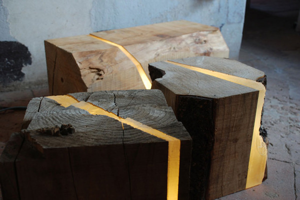 Lamps Made from Sawmill Waste and Tree Branches Embedded with Resin and LEDs #recycle #resin #tree #wood #upcycle #lamps #light
