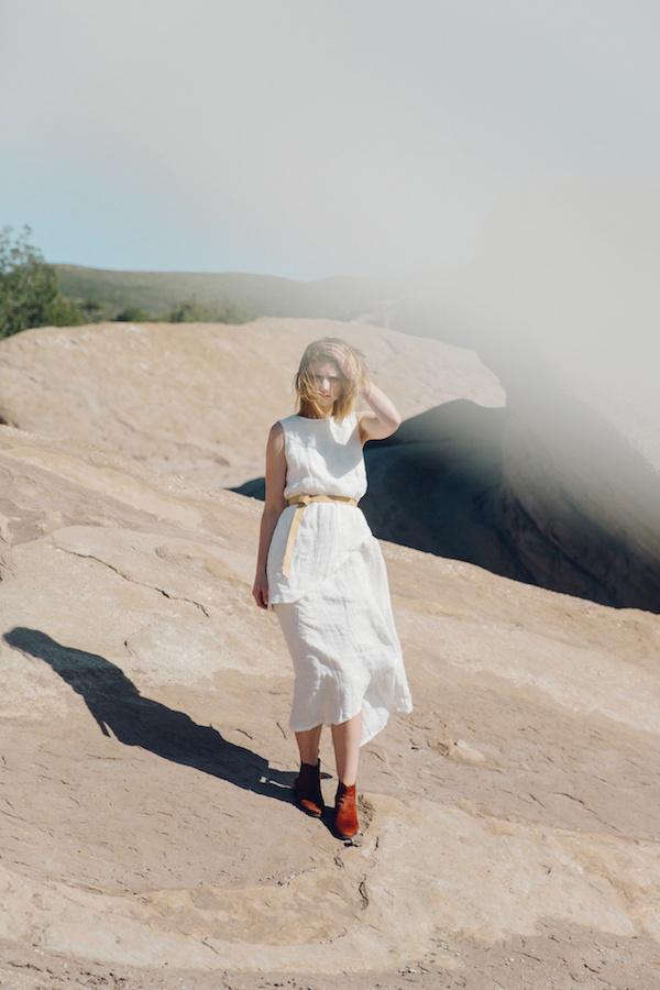 White linen skirt + shirt #desert