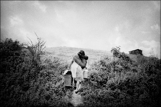 People of Clouds - The Big Picture - Boston.com #photography #white #black #and