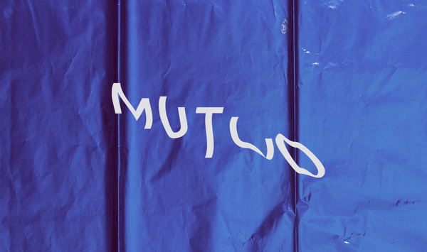 Mutuo | Manifiesto Futura #typography #lettering #warped