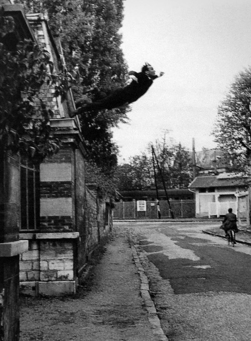 Yves KleinLeap into the Void (photographed by Harry Shunk), 1960gelatin silver print, 25.9 x 20 #yves #photography #klein