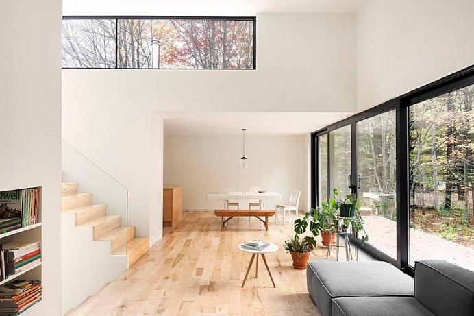 Maison Terrebonne – Transformation of a 90's Bungalow / La Shed Architecture