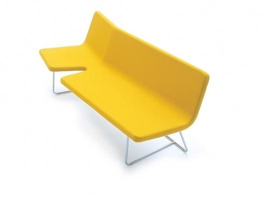 Anderssen & Voll - designbasen.no #design #bench