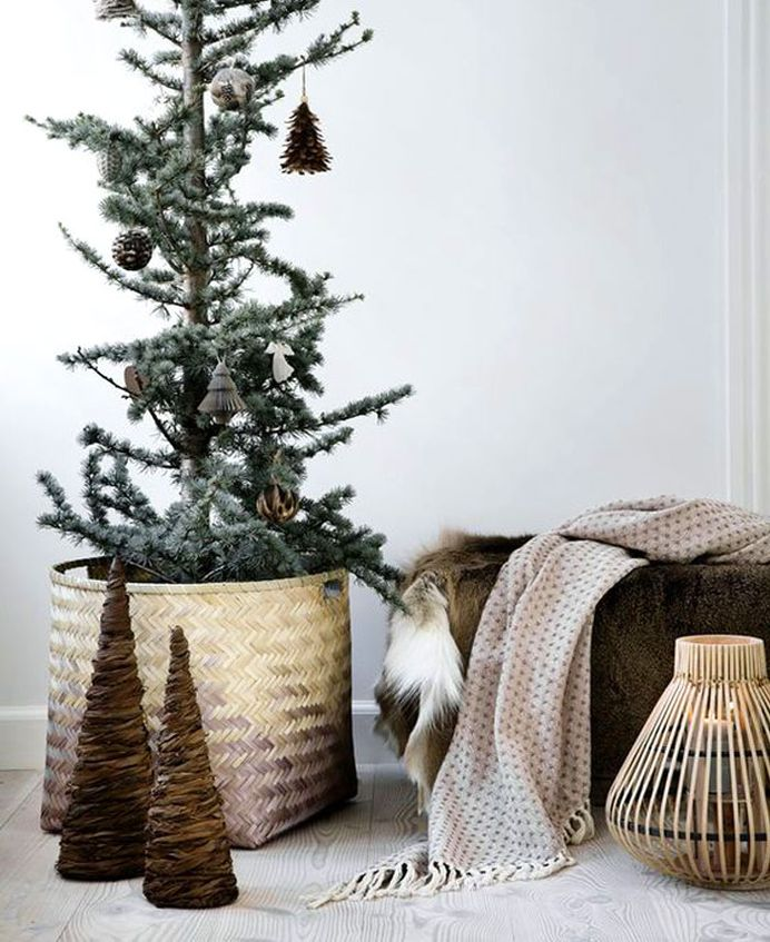 modern christmas decoration 2018 trends colors and ideas interiorzine - Modern Christmas Decor