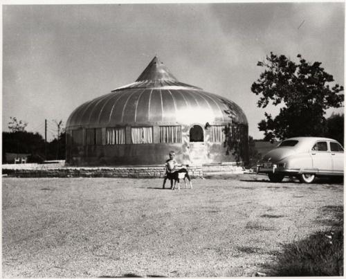 R Buckminster Fuller Dymaxion Dwelling Machine or aluminum clad Wichita House.jpg 500×403 pixels #photography #retro #fuller