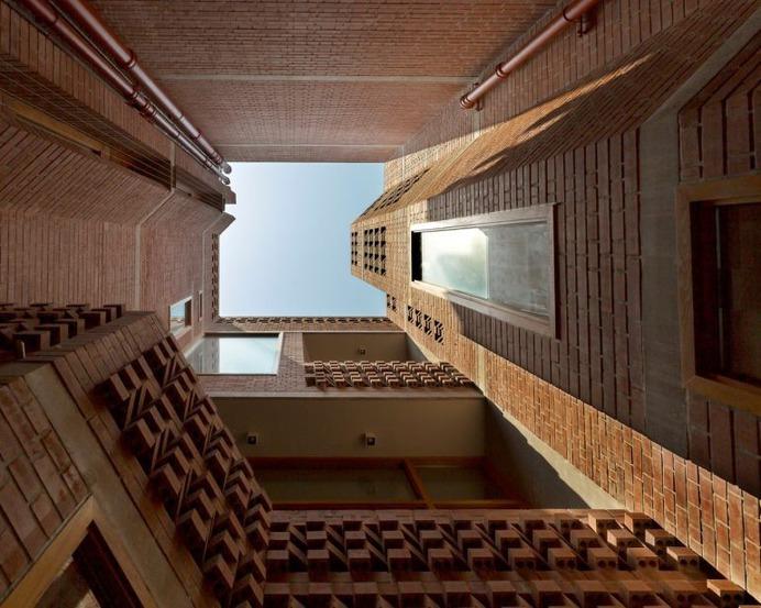 Brick Home   Vir.Mueller Architects