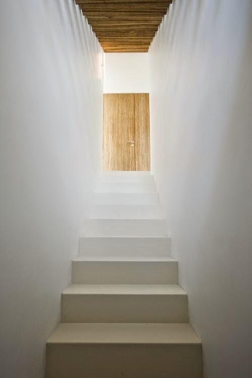 House M&J by Bruno Vanbesien Architects #stairs #design #interiors #hoooooomecom