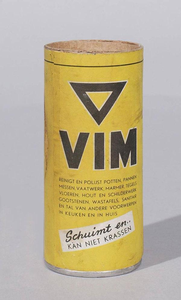 20 Vintage Dutch Package DesignsThe Dieline #packaging #design #graphic #vintage #dutch