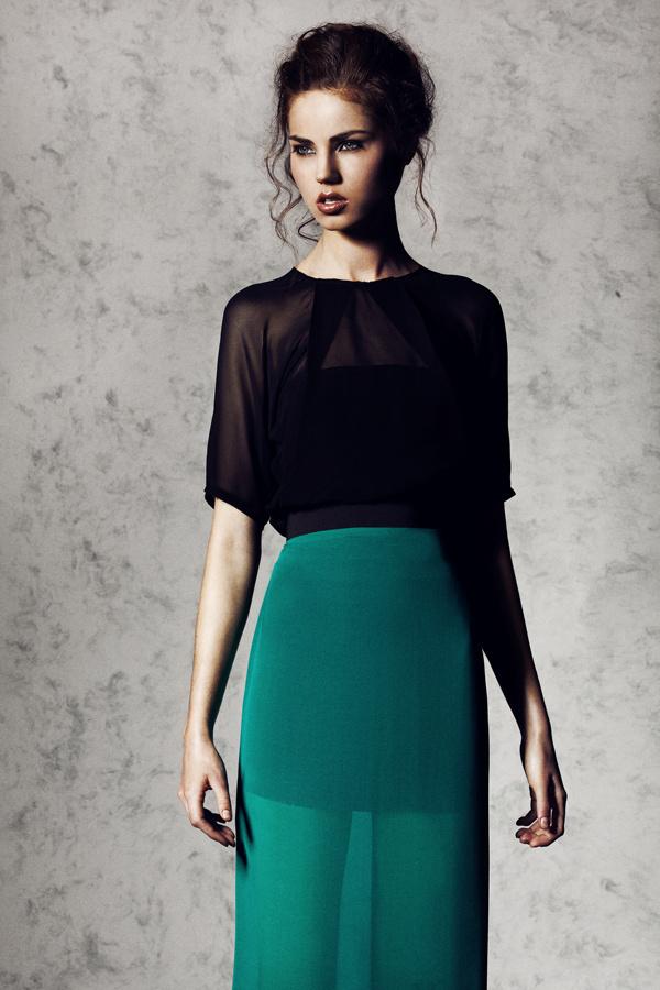 L'INDISPENSABLE LÉGÈRETÉ on Fashion Served #beautiful #photo #color #dress