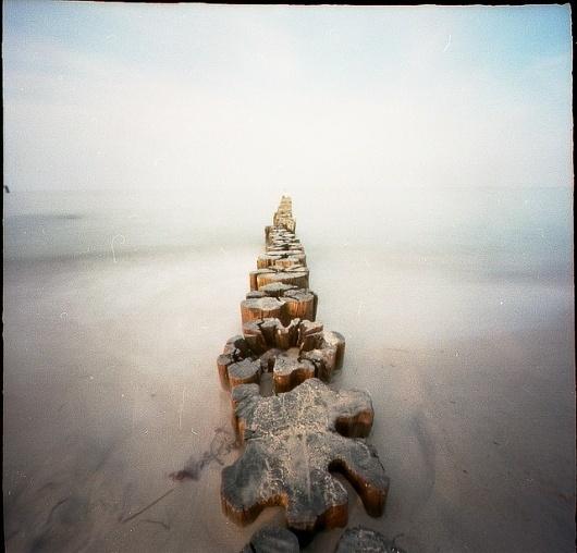 ... pinhole   Flickr - Fotosharing! #pinhole #baltic #camera #photography #sea #fotografie #lochkamera #obscura