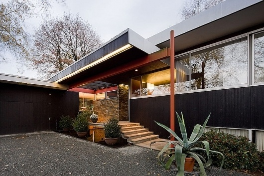 tumblr_lyfe1mHOIZ1qat99uo1_1280.jpg (690×460) #richard #architecture #neutra