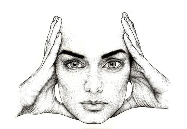 Fashion. #eyes #lips #ba #ck #dots #eyebrows #portrait #hands #face
