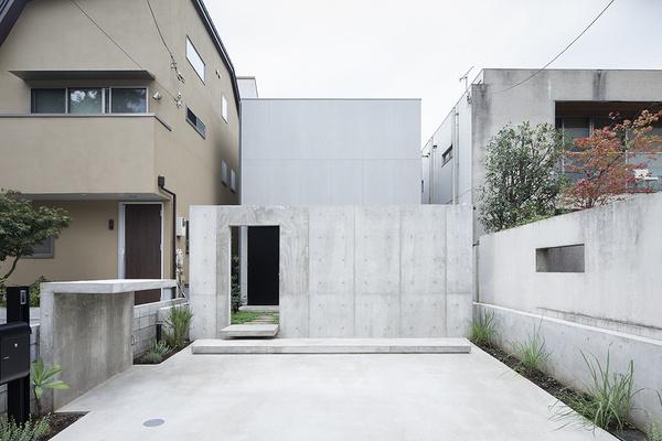 House in Daizawa by Nobuo Araki #minimal #minimalism #minimalist #modern design #minimal design #minimalist design #leibal #minimalism desig