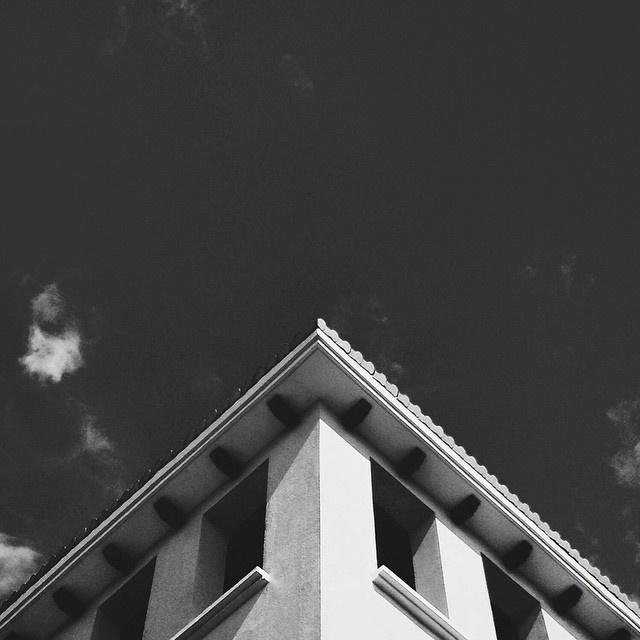 Follow @geometryclub on Instagram. #geometry #photography #architecture #minimal #instagram #symmetry