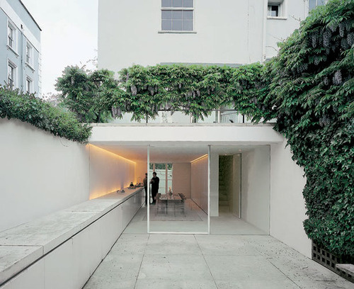 John Pawson's apartment in London, designed in 1999. #courtyards #white #void #solid #houses #pawson